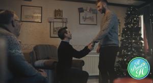 Pubblicità Natalizia by Beastall - storia d'amore coppia gay